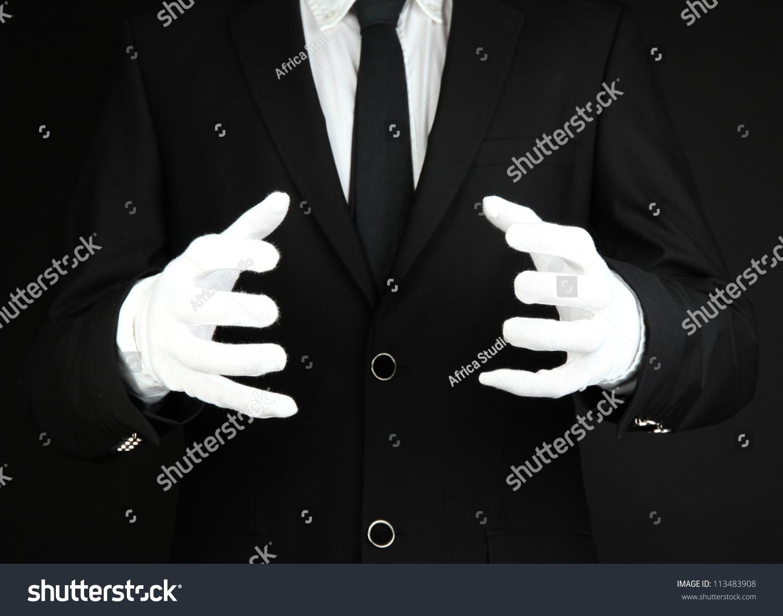 魔术师表演在黑暗的背景-人物-海洛创意(hellorf)--.