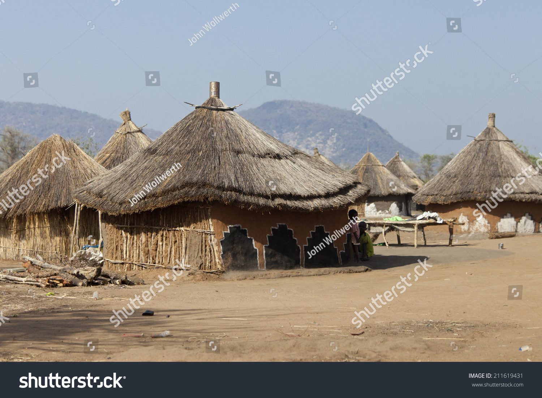 南苏丹茅草屋的小村庄-建筑物/地标