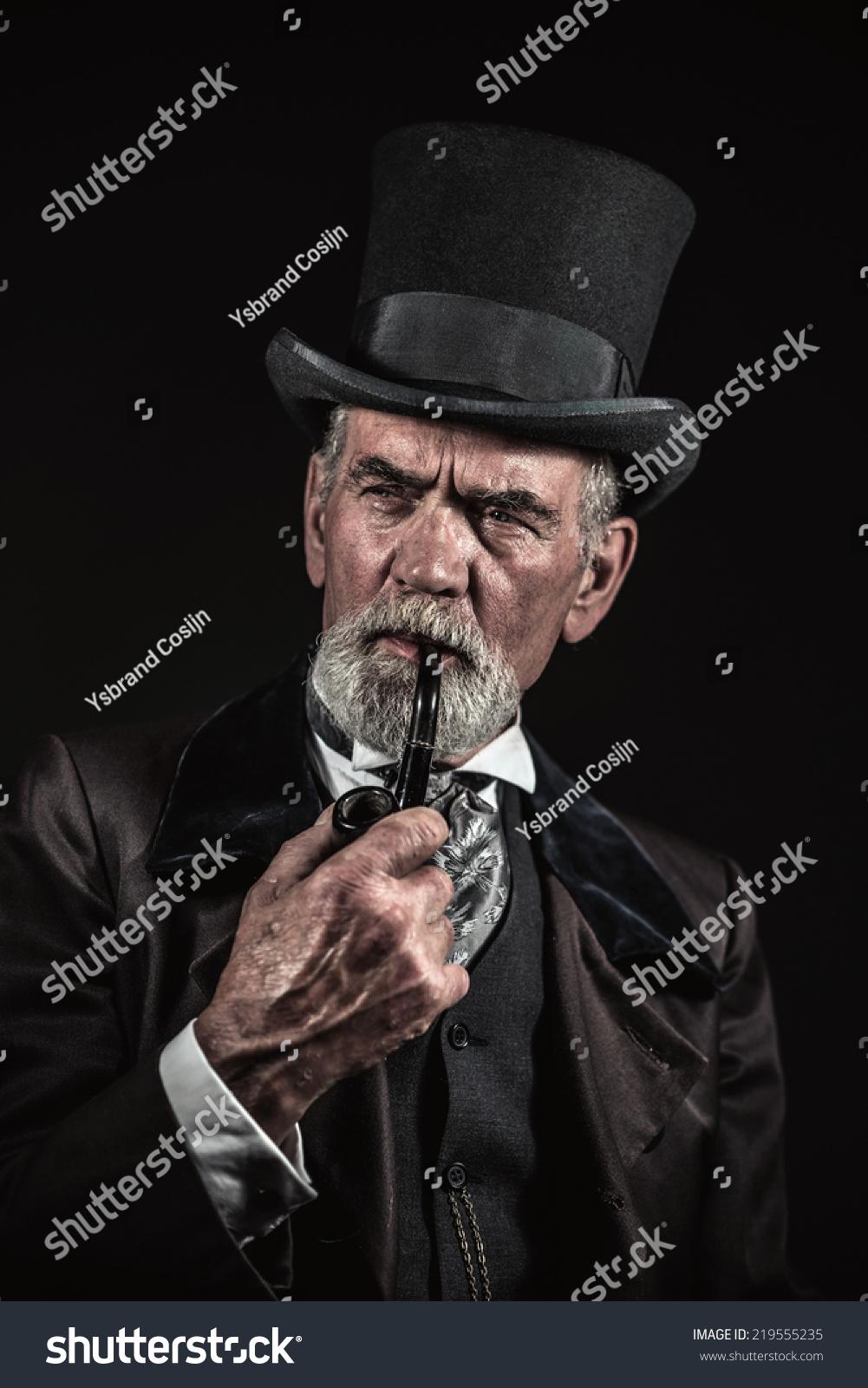 微信黑色头像男生抽烟