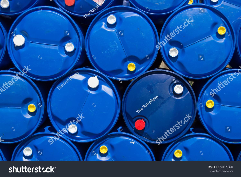 蓝色塑料油箱-工业-海洛创意(hellorf)-shutterstock