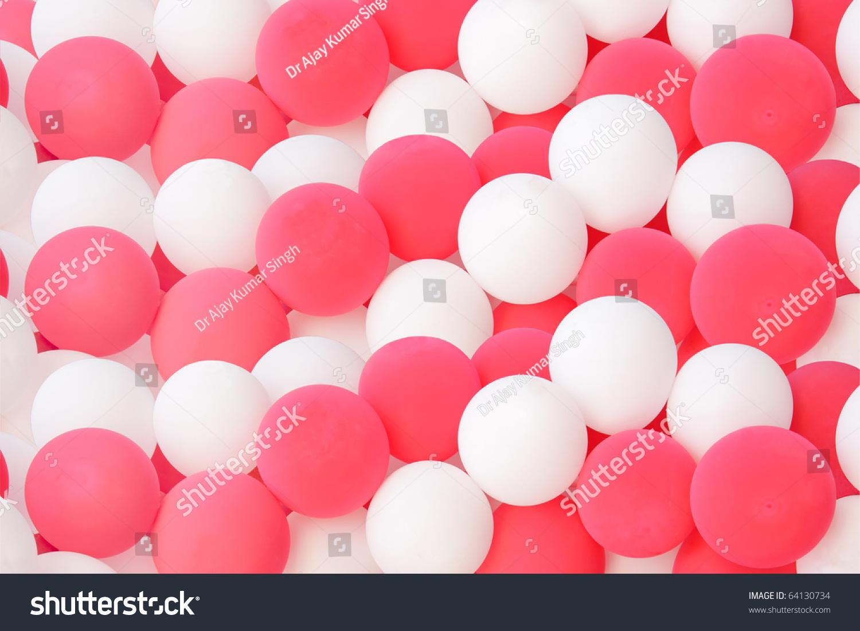 粉红色和白色的气球显示美丽的图案