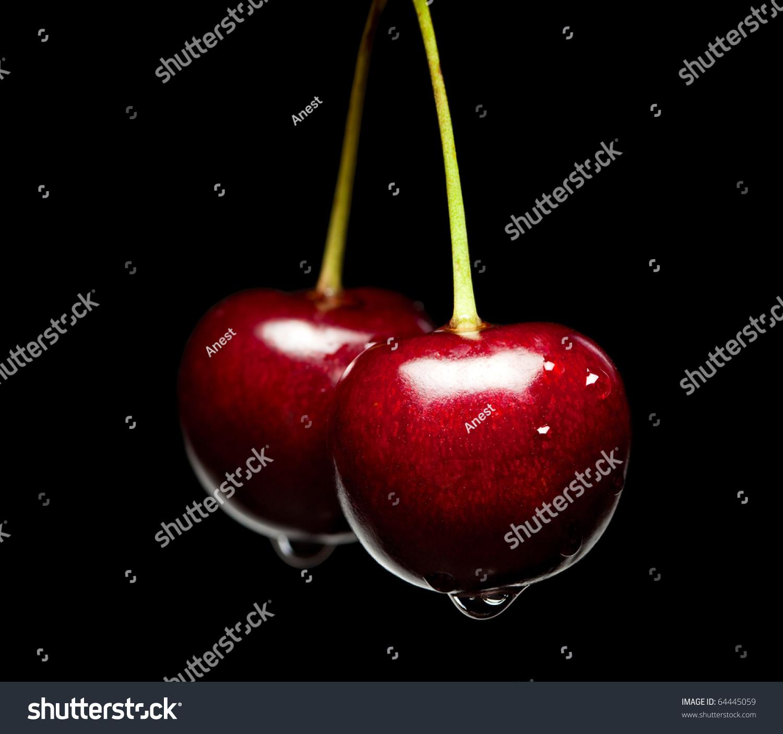 樱桃的宏观堆孤立在黑色背景-食品及饮料,物体-海洛()
